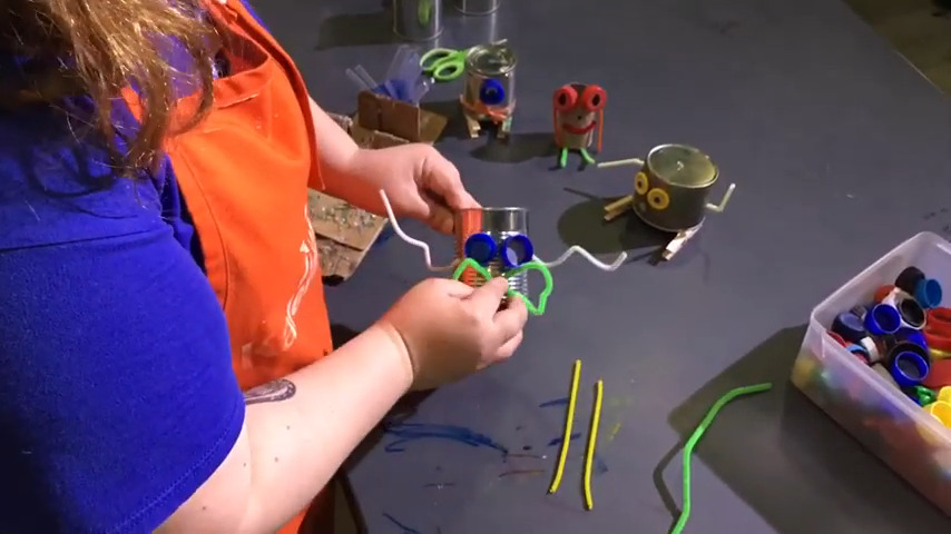 Maker Activity: Recycle Bots